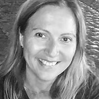 Carla Adriano Santos